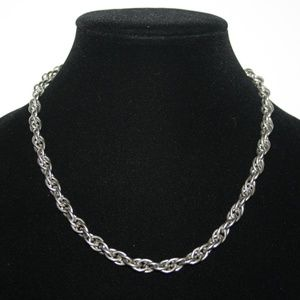 """Beautiful silver thick chain necklace 18"""""""